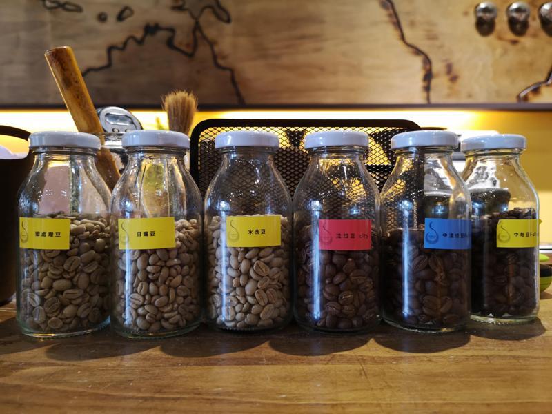 directcoffee10 新竹-直達咖啡 因為愛喝咖啡所以開了一家咖啡店...有心人的咖啡館