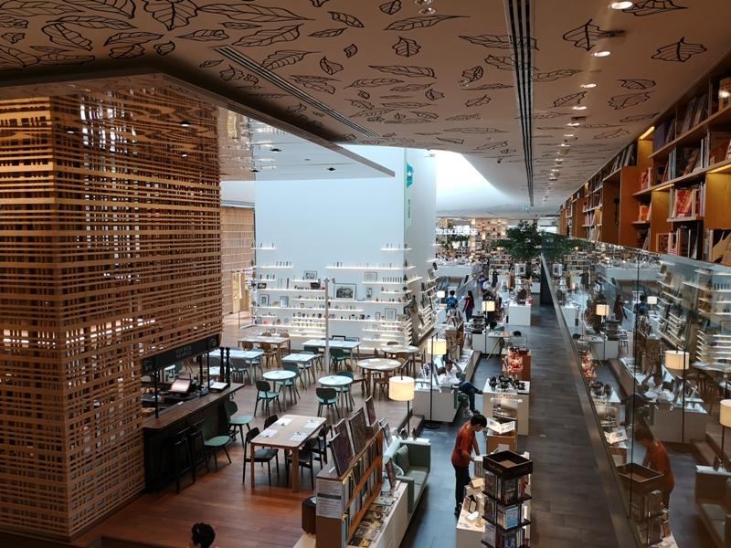 openhouse11 Bangkok-曼谷精品百貨Central Embassy最美的書店Open House