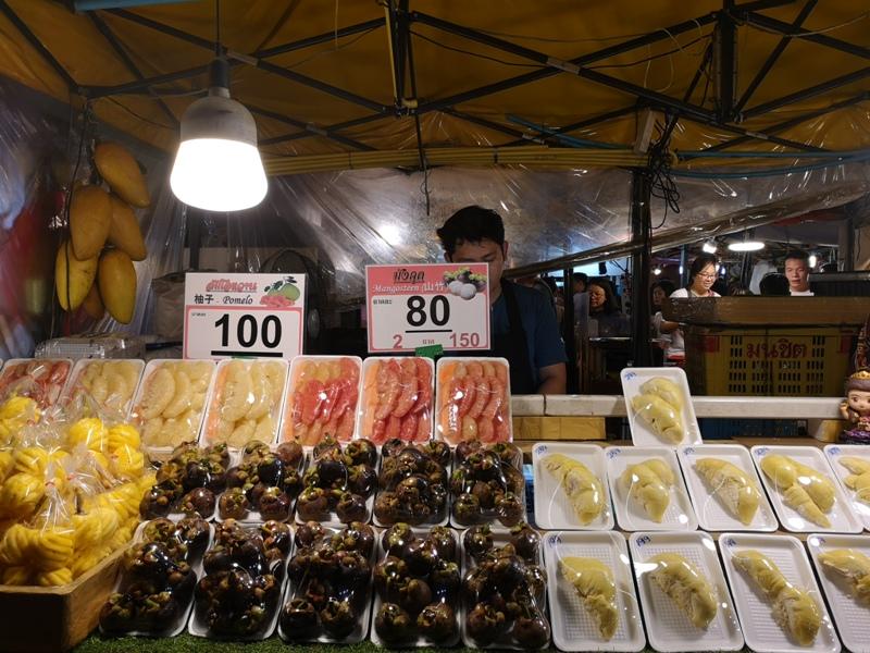 ratchadanightmarket05 Bangkok-拉差達火車夜市Train Night Market Ratchada 交通方便好吃好逛好買