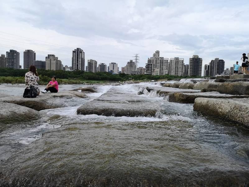 tofurockkk2 新竹-豆腐岩 頭前溪上水聲潺潺的IG熱點