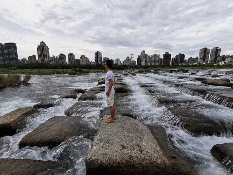 tofurockkk9 新竹-豆腐岩 頭前溪上水聲潺潺的IG熱點