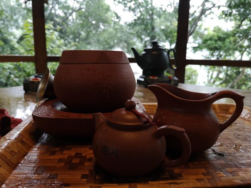 yyteahouse38 文山-貓空邀月茶坊 雨中的清涼 蛙鳴鳥叫的陪伴 一個下午的悠閒