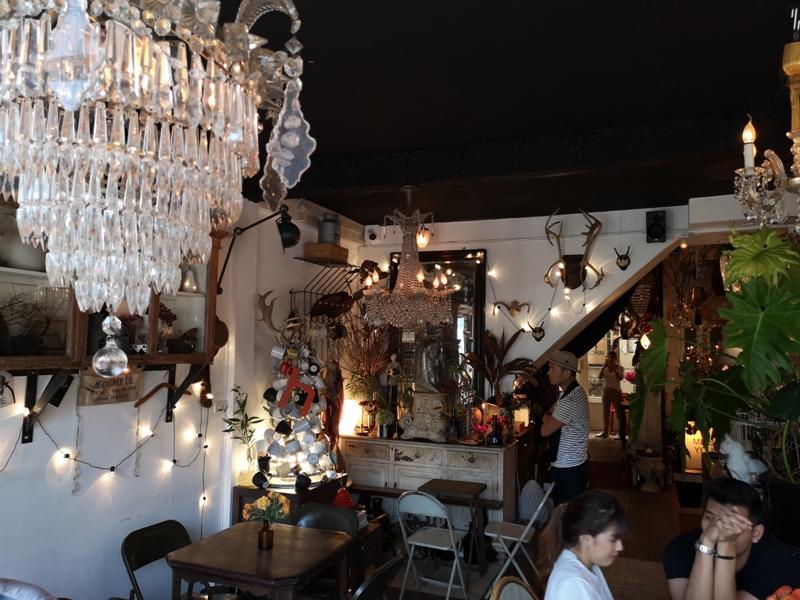 floralcafebkk170125 Bangkok-Floral Cafe at Napasorn曼谷花市旁滿滿花香古物的咖啡館