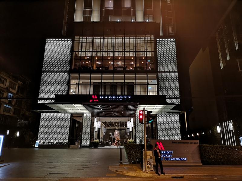 surawongse3 Bangkok-曼谷Marriott Hotel The Surawongse太超值...完美住宿大套房網美游池
