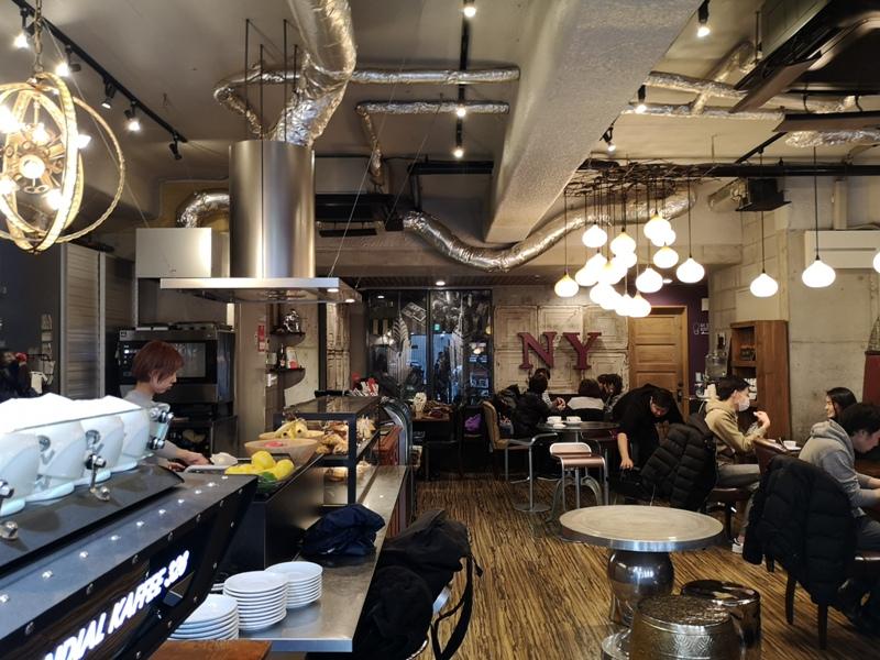 mondialcoffee02 Osaka-Mondial Kaffee大阪難波附近美式復古風咖啡館 果真冠軍的拉花啊