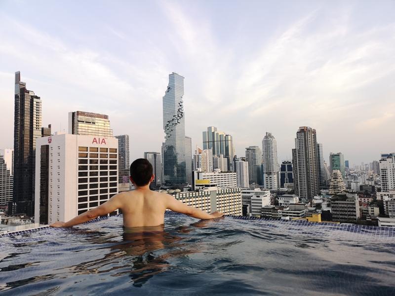 surawongsepool0117 Bangkok-曼谷Marriott Hotel The Surawongse太超值...完美住宿大套房網美游池