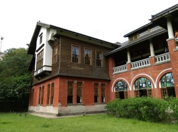 Beitou08 北投-溫泉博物館 感受最原始的北投風味 但這建築也太吸睛了