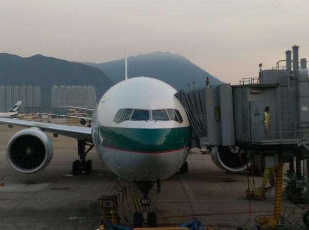 HKfly15 201510 一個月飛兩次台北香港by國泰商務艙