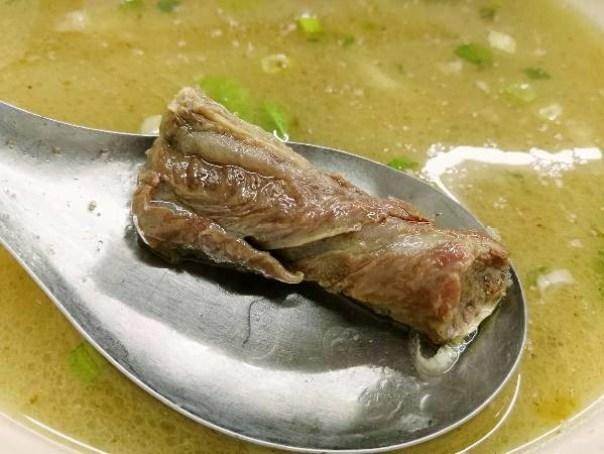 beefgi5 竹北-吉市牛 清燉牛肉麵 肉嫩好吃 可惜了湯頭太油膩啊!!