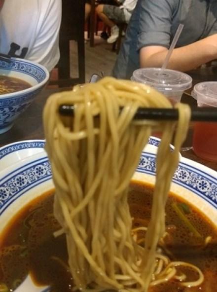 beefnoodles10 新竹-段純貞牛肉麵 牛肉軟硬適中多汁帶Q彈