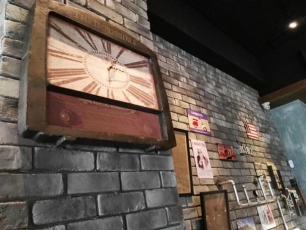 cafe02 苓雅-麓琦咖啡道館 科技工業風當道 愛因斯坦也坐鎮