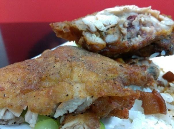 chickenleg12 竹北-金山雞腿飯 招牌雞腿皮酥肉嫩超飽足 蝦捲香脆排骨軟嫩