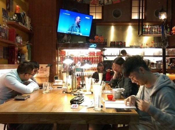 demmark21 中壢-丹馬克咖啡 溫暖空間少數開到半夜的咖啡廳