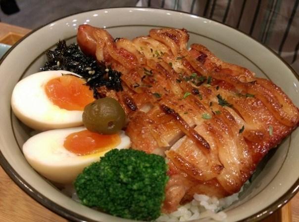 donrice14 新竹-開丼 燒肉vs丼飯 牛肉Q彈多汁雞腿嫩 好吃的丼飯