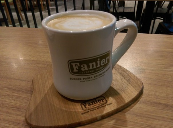 fanier11 竹北-Fanier 費尼 竹北也有好吃的漢堡店囉!!早午餐也不賴