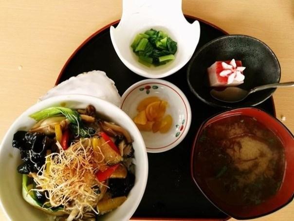 kaki15 Matsushima-たいかん亭 搭船遊松島前來一份牡蠣大餐 牡蠣也太大顆飽滿!