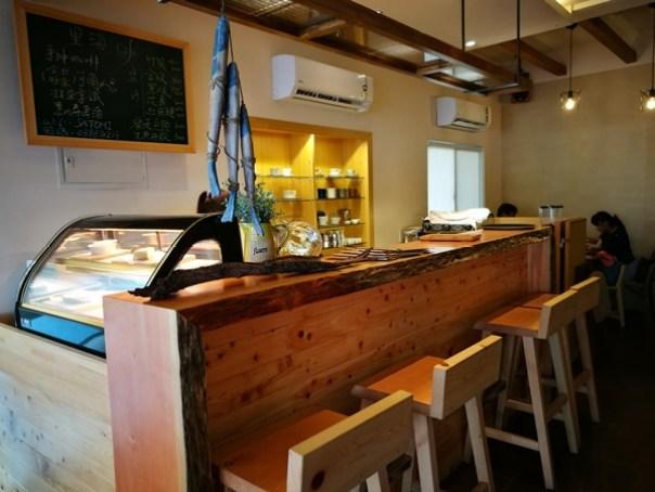 lihaicafe04 礁溪-里海咖啡 原來這裡紅的不是咖啡是鮮魚料理啊!!
