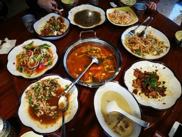 thaifood16 大園-儂翠 CP值超高的泰式料理 東西好吃搬到那裡都一樣生意興隆