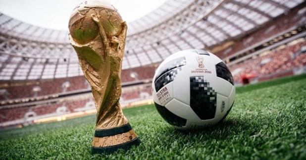 Khán giả Việt Nam đang thấp thỏm với quá trình đàm phán mua bản quyền World Cup 2018 (Nga) của VTV.