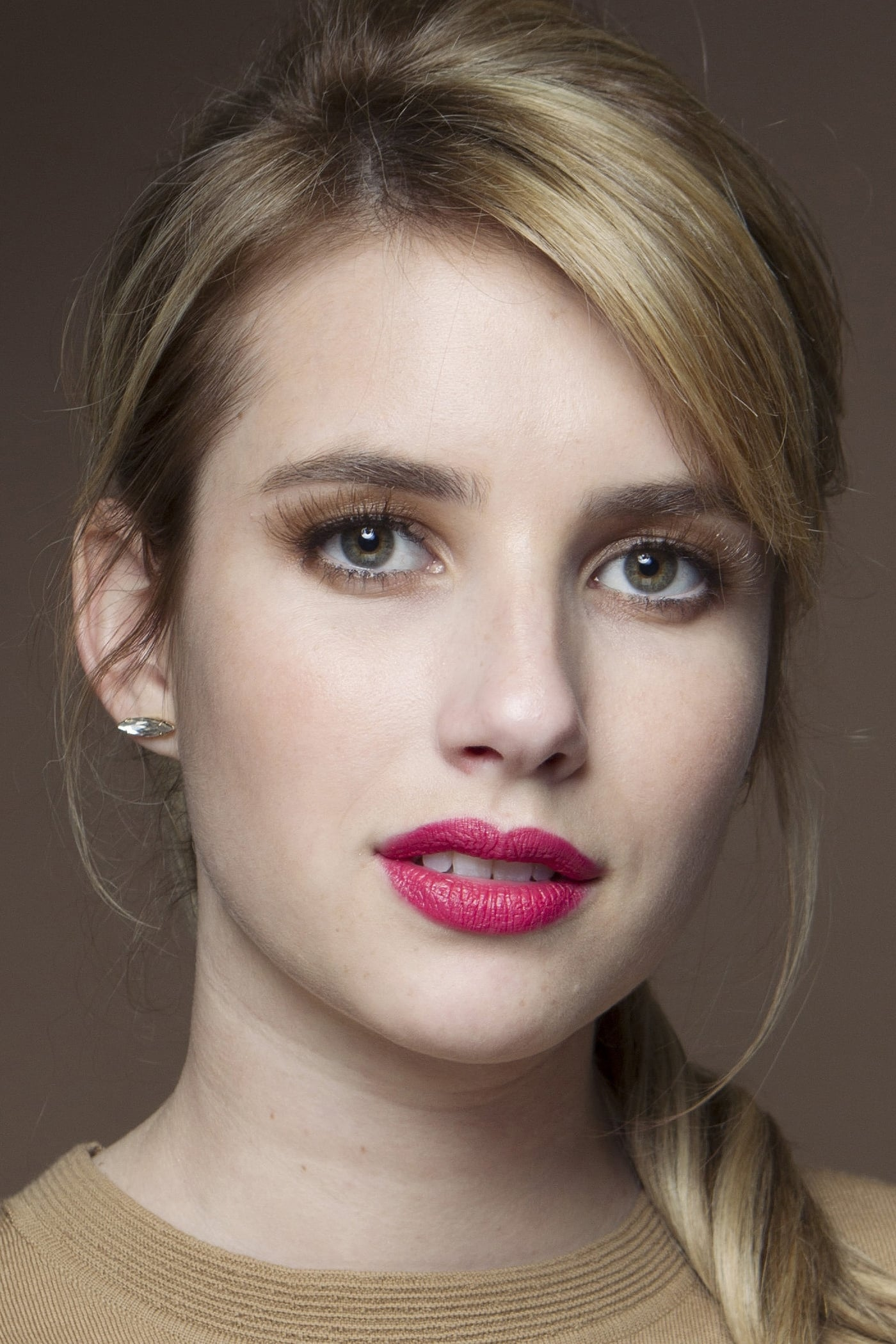 Emma Roberts Watch Viooz