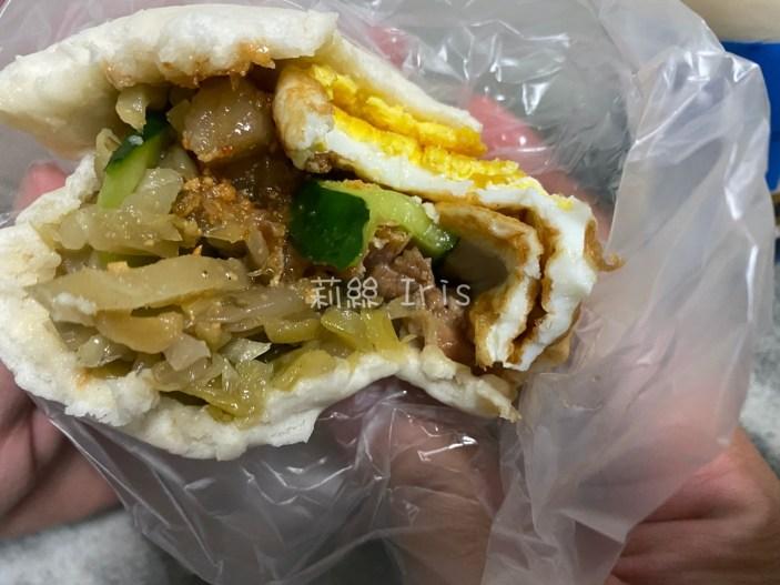 台南宵夜》一點掛包菜單,晚上十點才開賣的排隊銅板美食!
