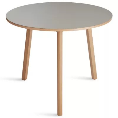modern cafe bistro tables ylighting