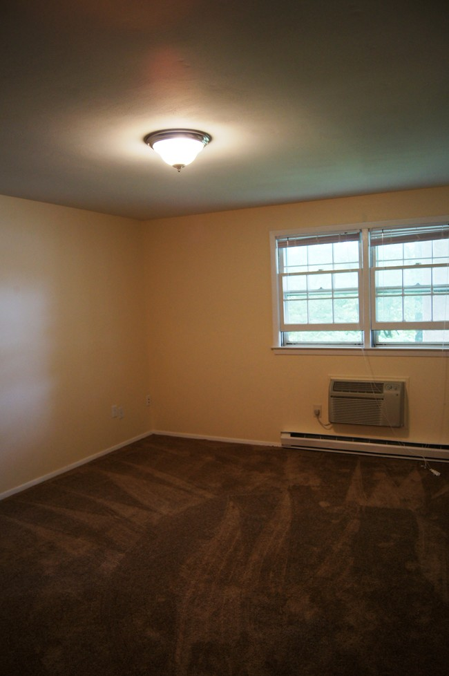 West Hill Apartments Naugatuck CT Apartment Finder