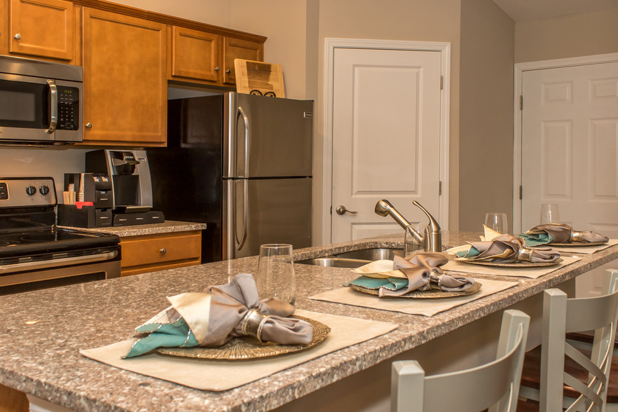 Fairfield Oakes By Redwood Fairborn OH Apartment Finder