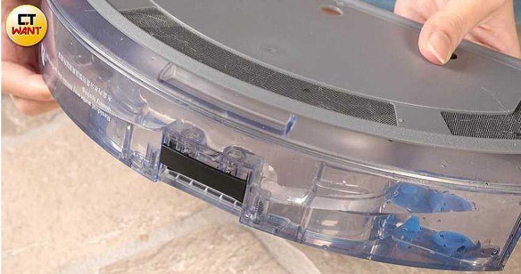 OZMO 920配備智能電控水箱,可從App控制出水量,有低、中、高、超高四段可調整。(圖/馬景平攝)