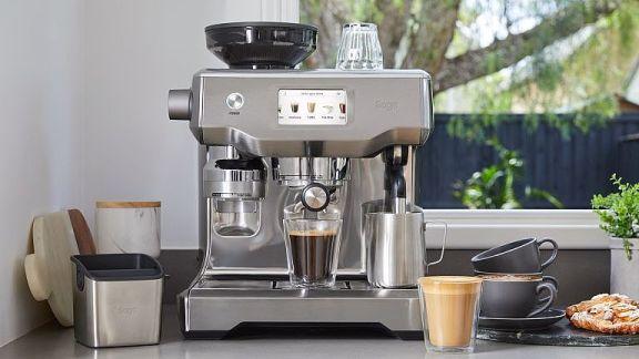 膠囊咖啡機、義式咖啡機、全自動咖啡機怎麼選?熱銷咖啡機推薦與沖煮原理介紹