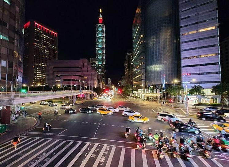 Galaxy Note20 Ultra 5G 的夜間實拍照片
