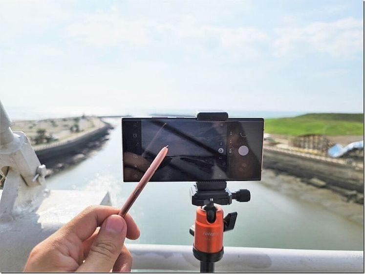 透過 S Pen 遠端遙控 3.0 來錄影