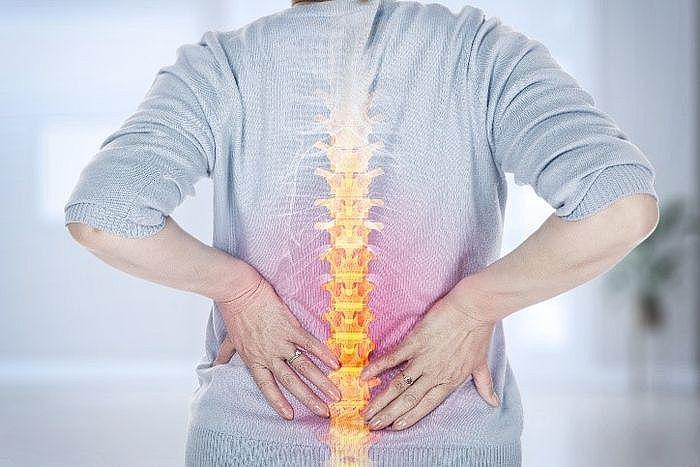 """背部的肌肉由於一些不良的姿勢或是習慣,很容易處於一個""""超負荷""""運作狀態"""