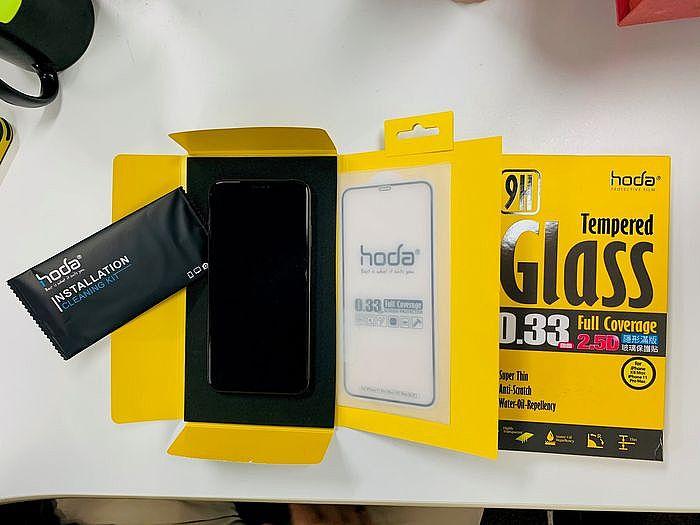 HODA iPhone 11 Pro Max 滿版玻璃保護貼內容物
