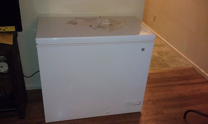 上掀式冷凍櫃