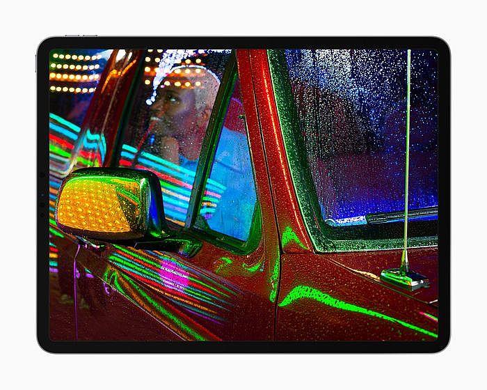 Liquid Retina XDR 顯示器