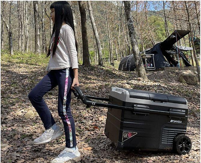 露營、野餐、車用行動冰箱挑選與推薦,保冷保溫又帶電讓你免煩惱