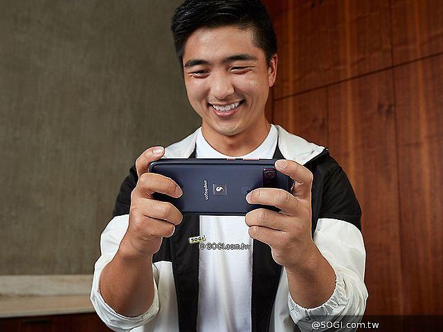 高通攜手華碩打造Snapdragon Insiders限量手機 8月台灣上市