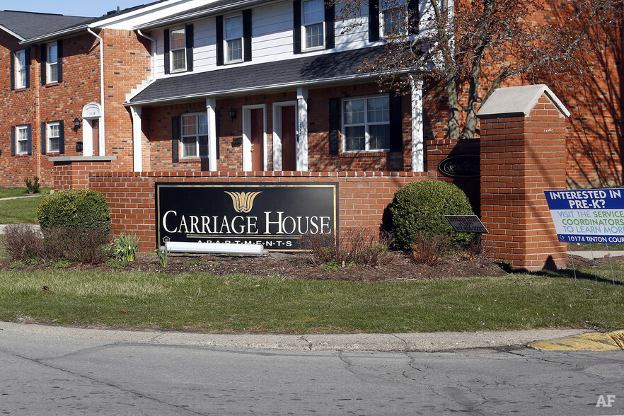 Carriage House East Indianapolis IN Apartment Finder