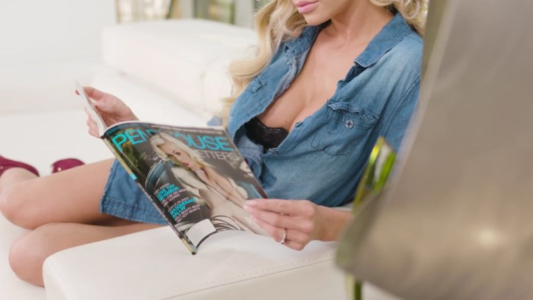 Blonde stunner Jessa Rhodes's anal sex fantasy with her doctor cums true GP1458