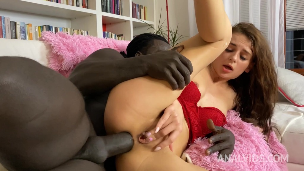 Mother Caught Daughter Fucking