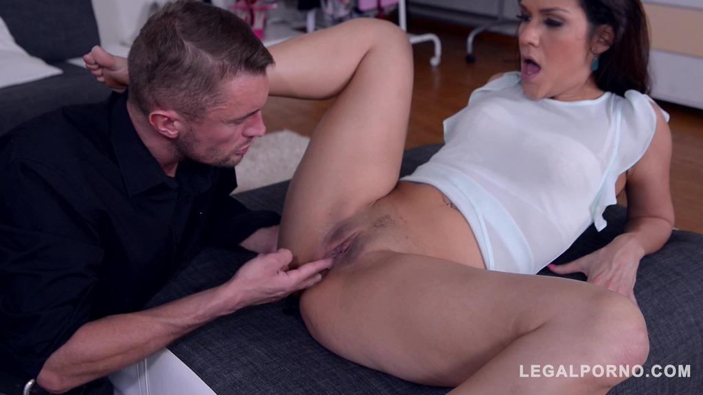 Sex starved fashionista Samia Duarte gets intense Anal Pounding at work GP228