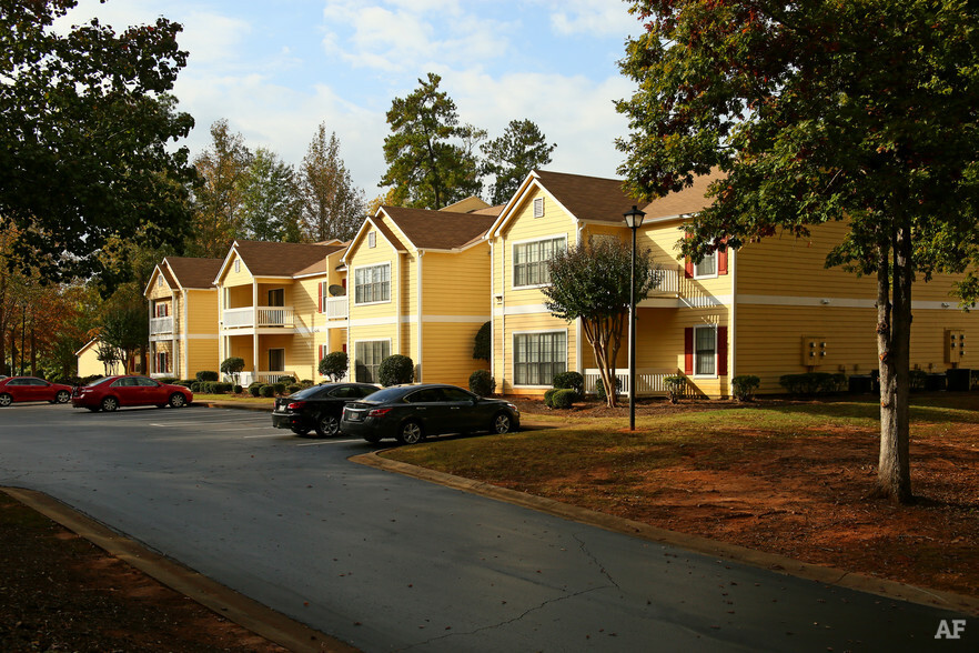 Falls At Spring Creek Macon GA Apartment Finder