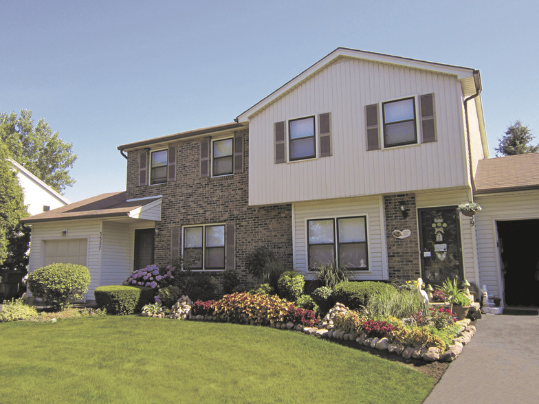 New England Village Townhomes Greece NY Apartment Finder