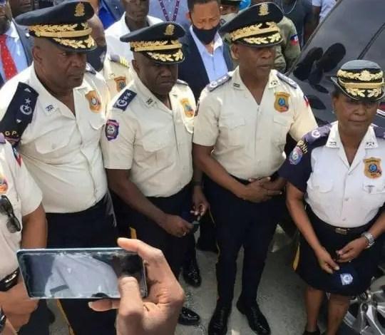 Un delai de 15 jours est accordé aux policiers qui abandonnent leurs postes de remettre les matériels de la PNH -