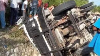 5 personnes tuées dans un accident aux Cayes. - Léon Charles