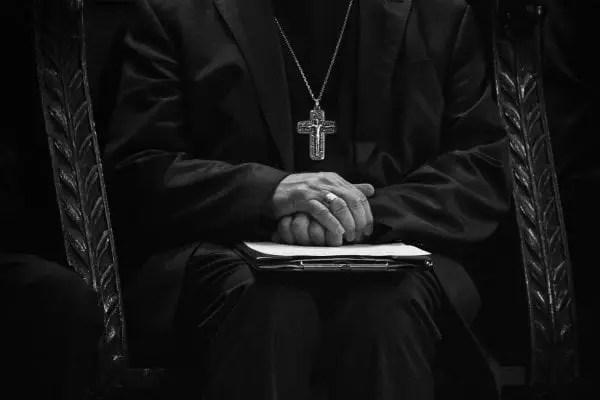 50.000 dollars américains versés, les religieux toujours séquestrés -