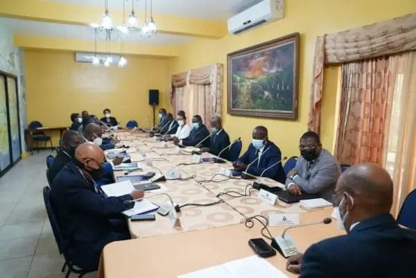 Le point 7 a été enlevé de l'ordre du jour du Conseil des Ministres -