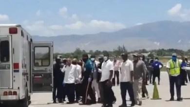 Visiblement en forme, Jean-Bertrand Aristide foule le sol d'Haïti - Jean Bertrand Aristide
