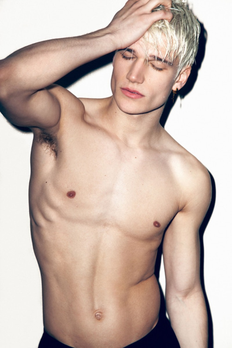 COITUS ONLINE Gavin Lindemuth by Pantelis. Spring 2016, www.imageamplified.com, Image Amplified (8)
